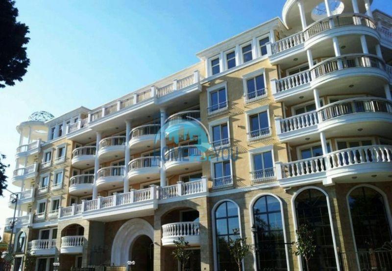 Элитные апартаменты в комплексе изысканного итальянского стиля Villa Roma, Несебр