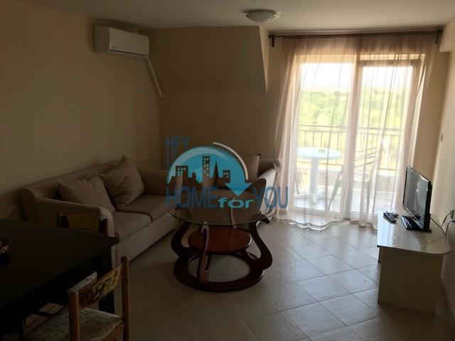 Просторная квартира на двух этажах в квартале Черное море, Несебр