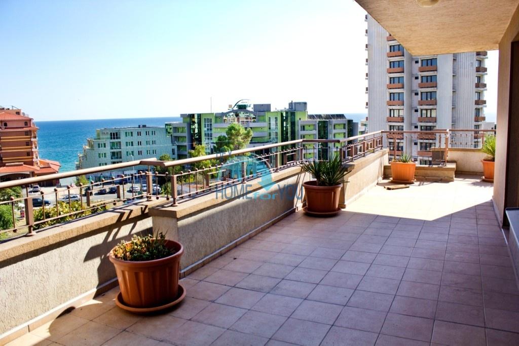 Уникальный пентхаус с видом на море в Несебре - для ПМЖ
