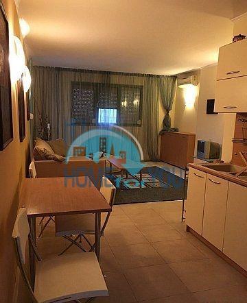 Трехкомнатная меблированная квартира в городе Несебр 2