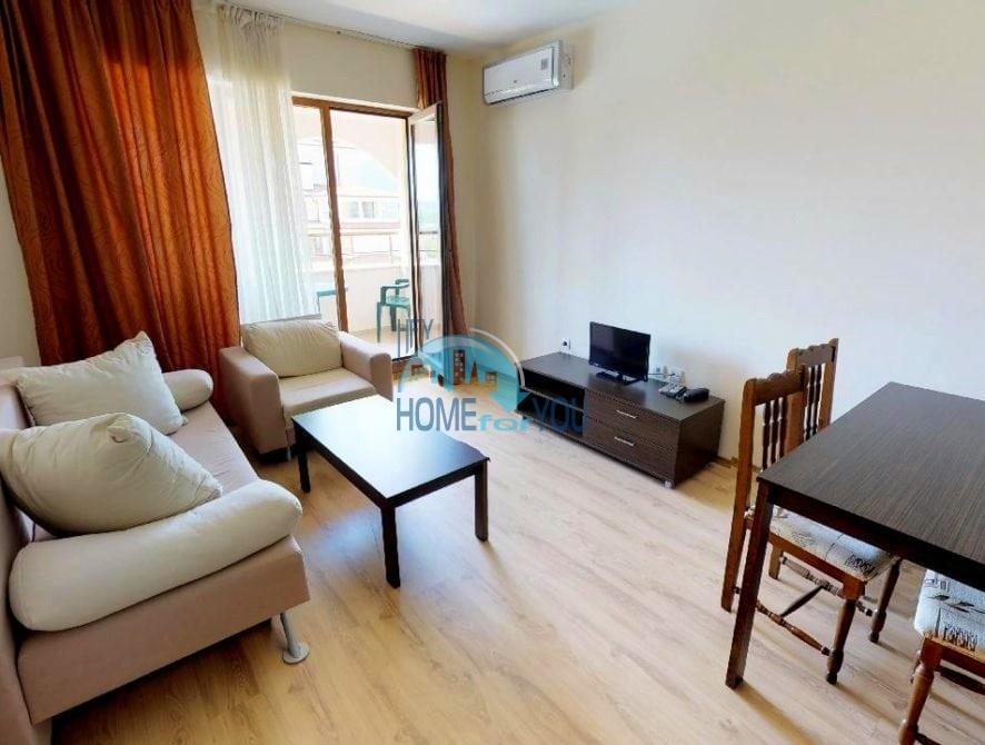 Меблированный трехкомнатный апартамент с живописным панорамным видом в элитном комплексе Sunrise, город Обзор