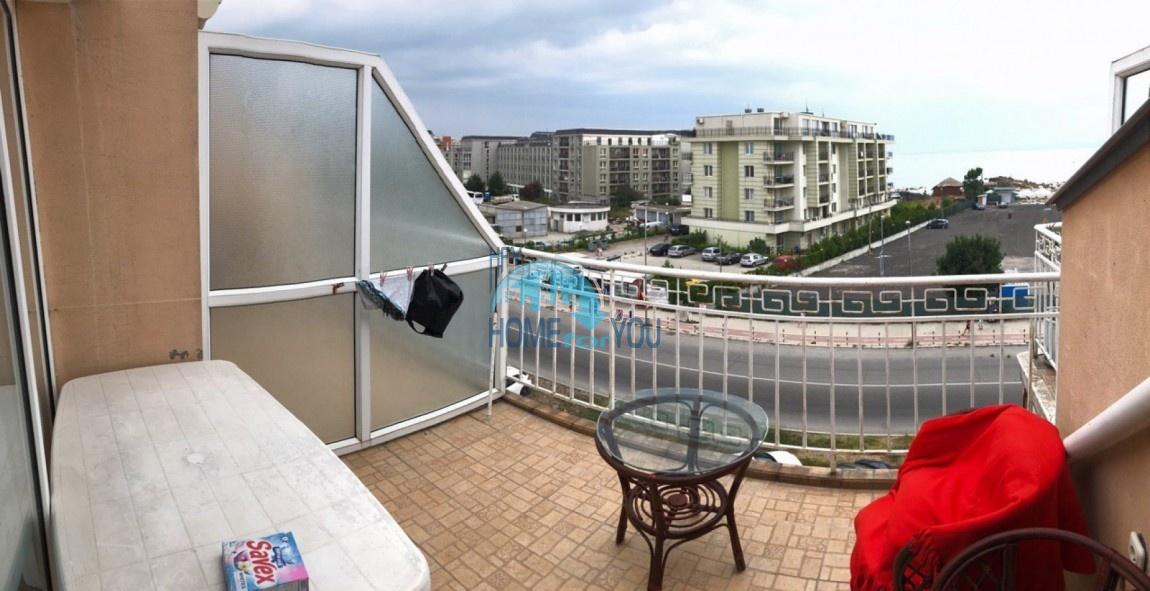 Поморие, трехкомнатная квартира тип мезанин 112 кв.м в 200 метрах от моря в Поморие