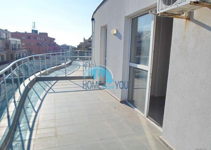Двухкомнатная меблированная квартира в жилом доме для ПМЖ в Поморие 3