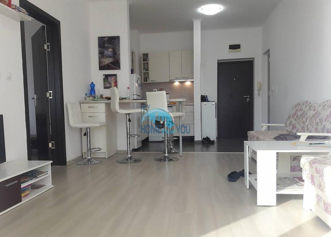 Двухкомнатная квартира в Поморие в центре