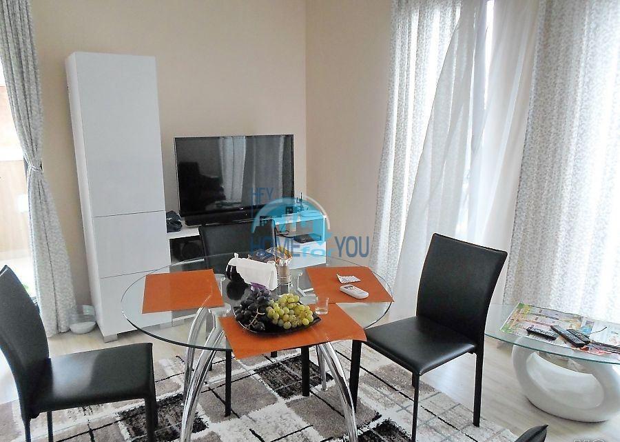 Готовая трехкомнатная квартира для постоянного проживания в Поморие  3