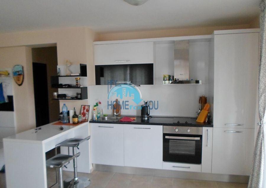Готовая трехкомнатная квартира для постоянного проживания в Поморие  5