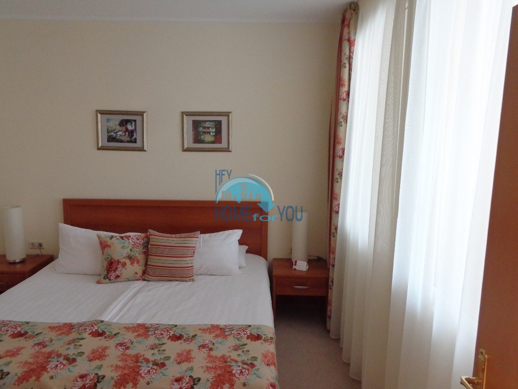 Отличная двухкомнатная квартира с видом на море, на первой линии  в Поморие 7