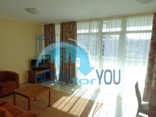 Отличная двухкомнатная квартира с видом на море, на первой линии  в Поморие 9