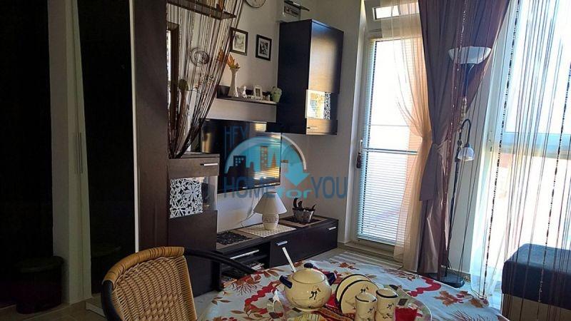 Отличная студия для постоянного проживания в городе Поморие 4