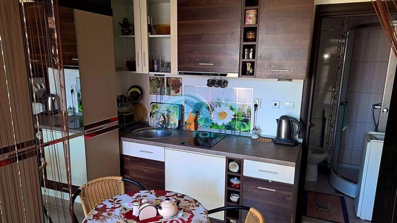 Отличная студия для постоянного проживания в городе Поморие 6