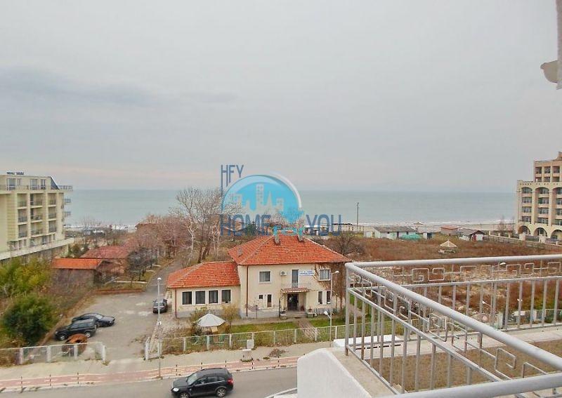 Солнечный мезонет с панорамным видом на море в городе Поморие