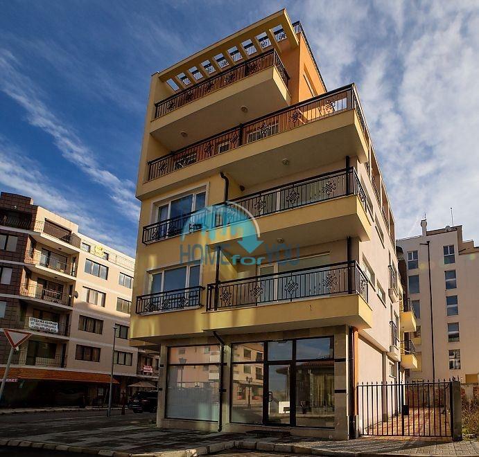 Новая трехкомнатная квартира на первой линии в Поморие 15