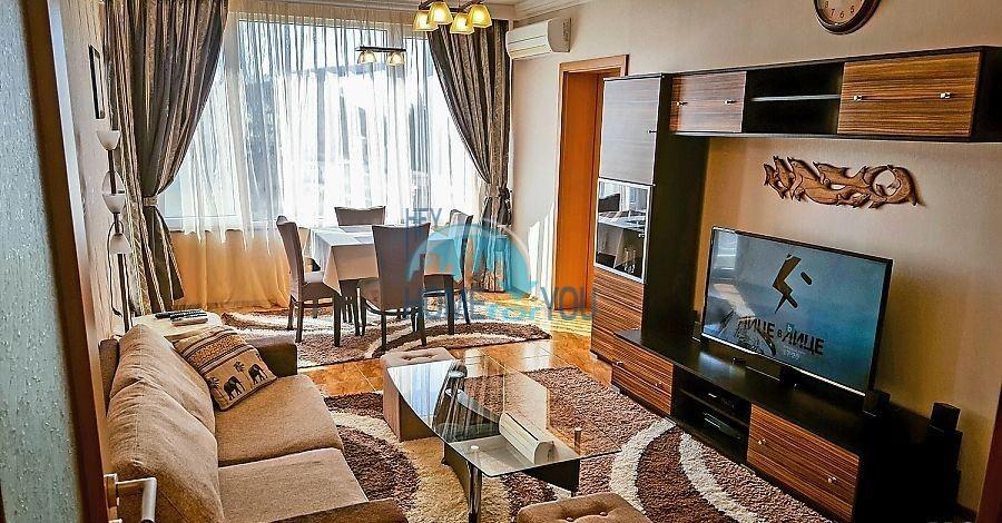 Трехкомнатная меблированная квартира в Поморие для ПМЖ