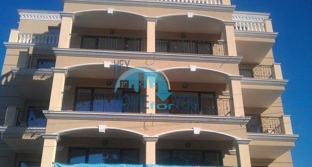 Студии и квартиры в центре Приморско - Вилла Селена 2