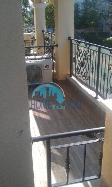 Студии и квартиры в центре Приморско - Вилла Селена 9