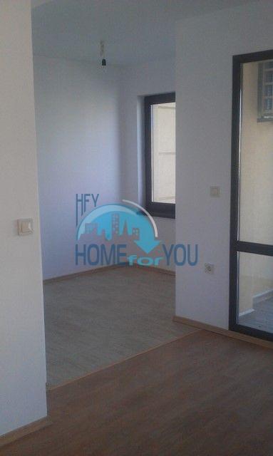 Студии и квартиры в центре Приморско - Вилла Селена 15