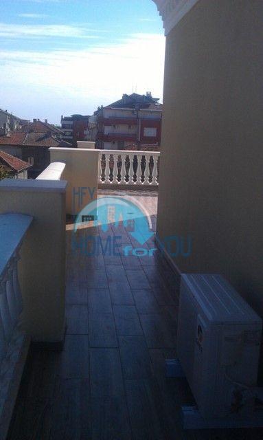 Студии и квартиры в центре Приморско - Вилла Селена 25