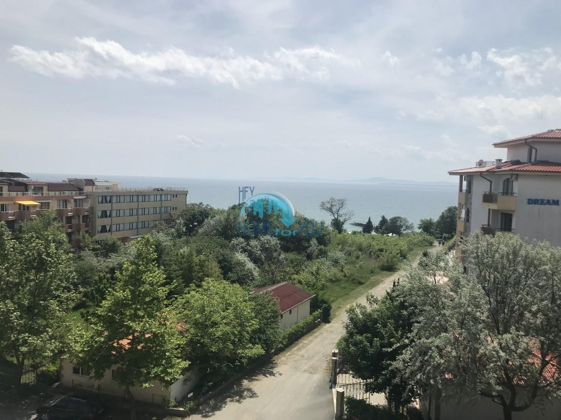 Чудесная двухкомнатная квартира с видом на море в Равде 10