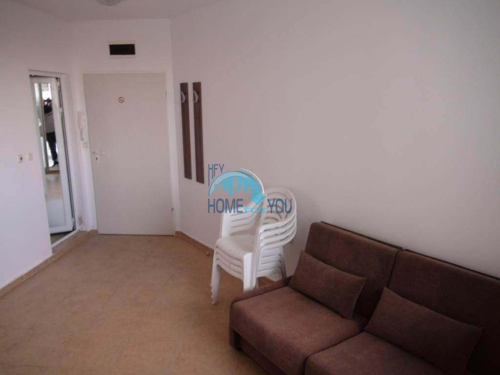 Дешевая, меблированная двухкомнатная квартира в Равде 7