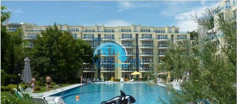 Эксклюзивная трехкомнатная квартира на первой линии моря в курортном поселке Равда