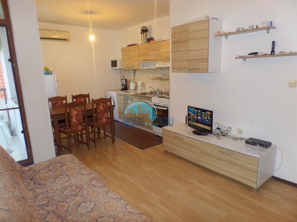 Комфортный меблированный апартамент недалеко от морского побережья в прекрасном городке Равда