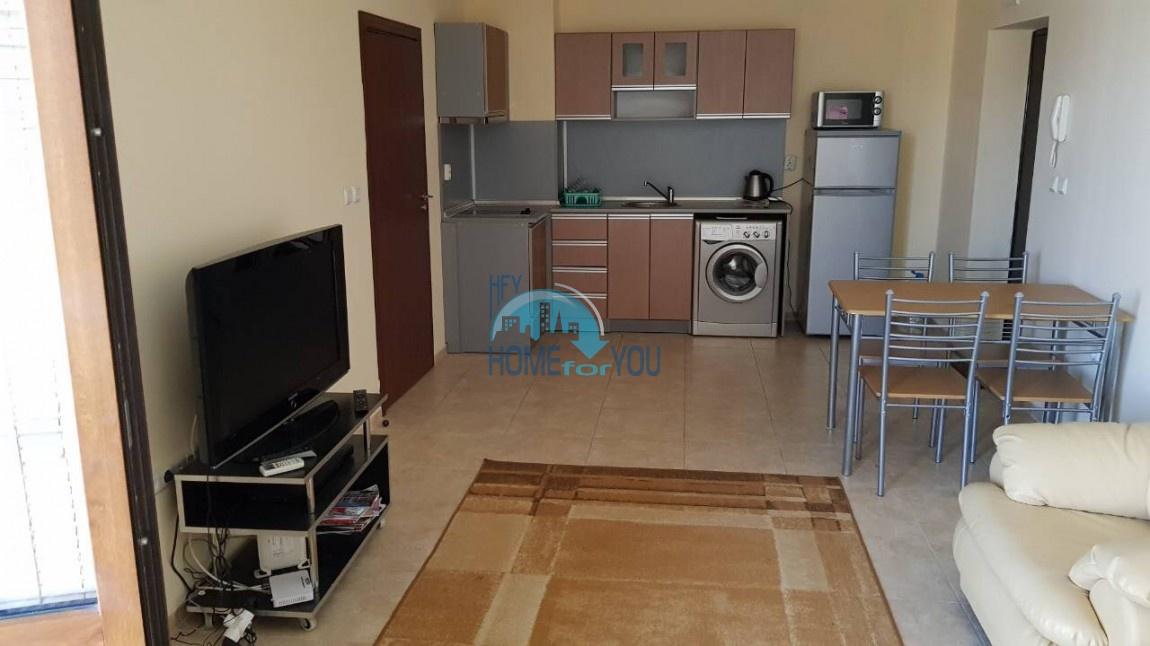 Меблированная четырехкомнатная квартира в комплексе Аполлон 5, Равда