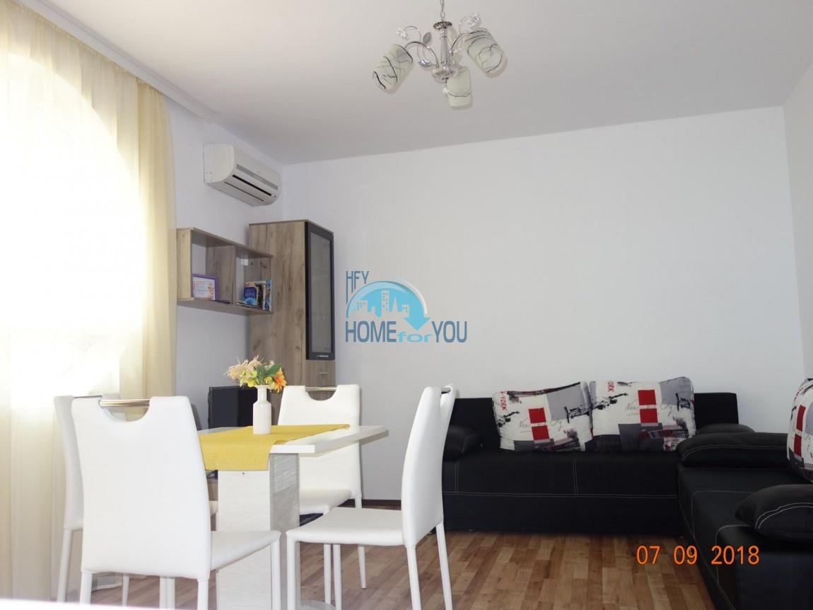 Меблированная двухкомнатная квартира с видом на море в комплексе Атлантис Бийч, Равда