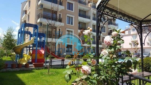 Меблированная двухкомнатная квартира в комплексе Риф 2, Равда