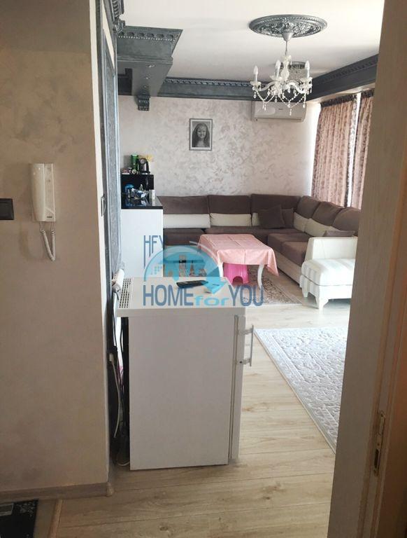 Недорогая трехкомнатная квартира в центре города Равда 7