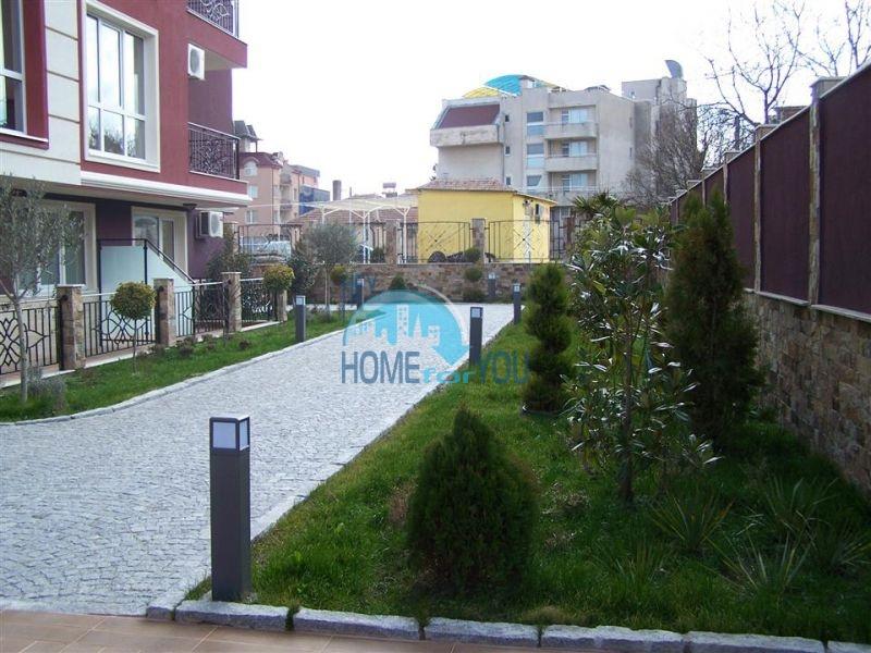 Недорогая трехкомнатная квартира в центре города Равда 4