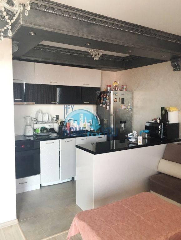 Недорогая трехкомнатная квартира в центре города Равда 10