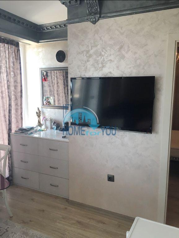 Недорогая трехкомнатная квартира в центре города Равда 11