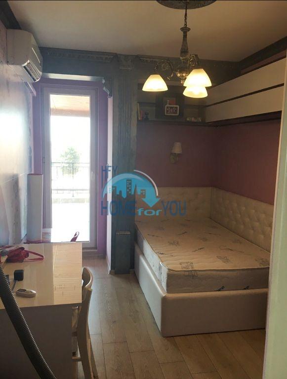 Недорогая трехкомнатная квартира в центре города Равда 13