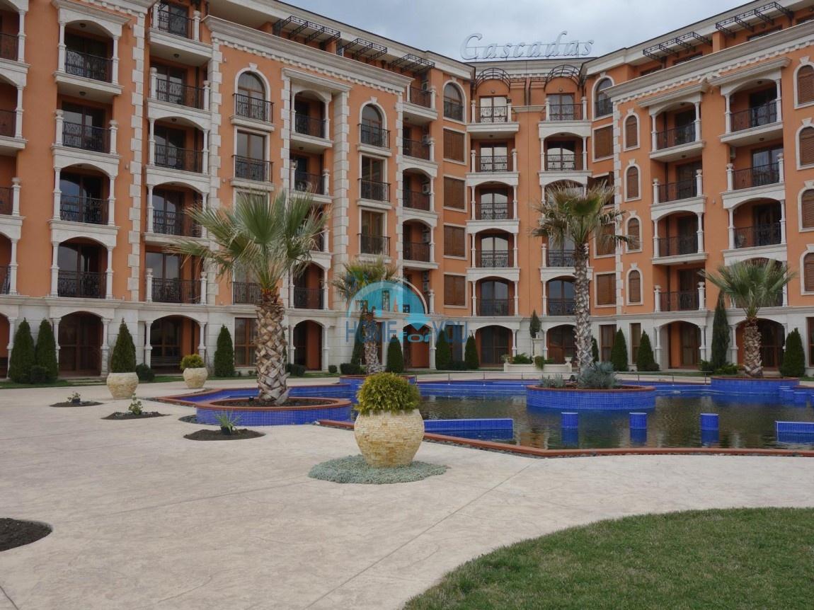 Просторная трехкомнатная квартира в комплексе Каскадас, Равда