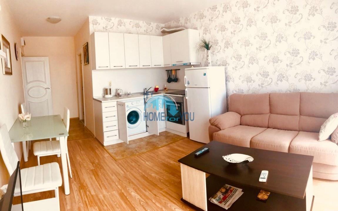 Шикарная двухкомнатная квартира с прекрасном виде в Равде