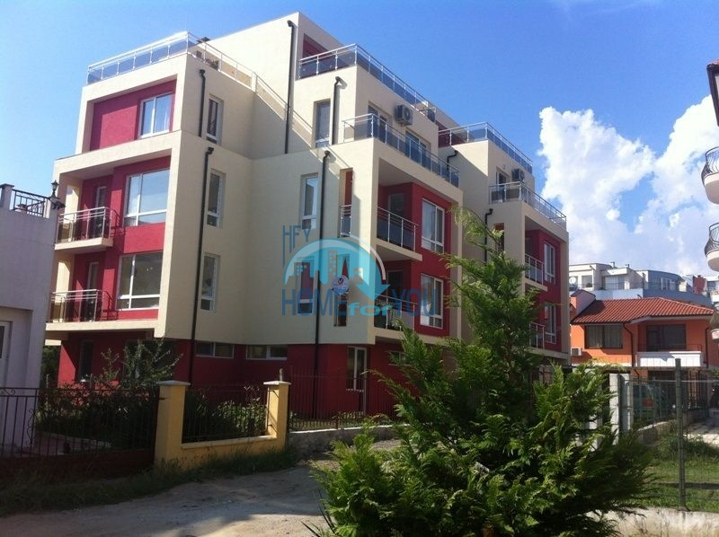 Студия в жилом доме без таксы содержания в городе Равда