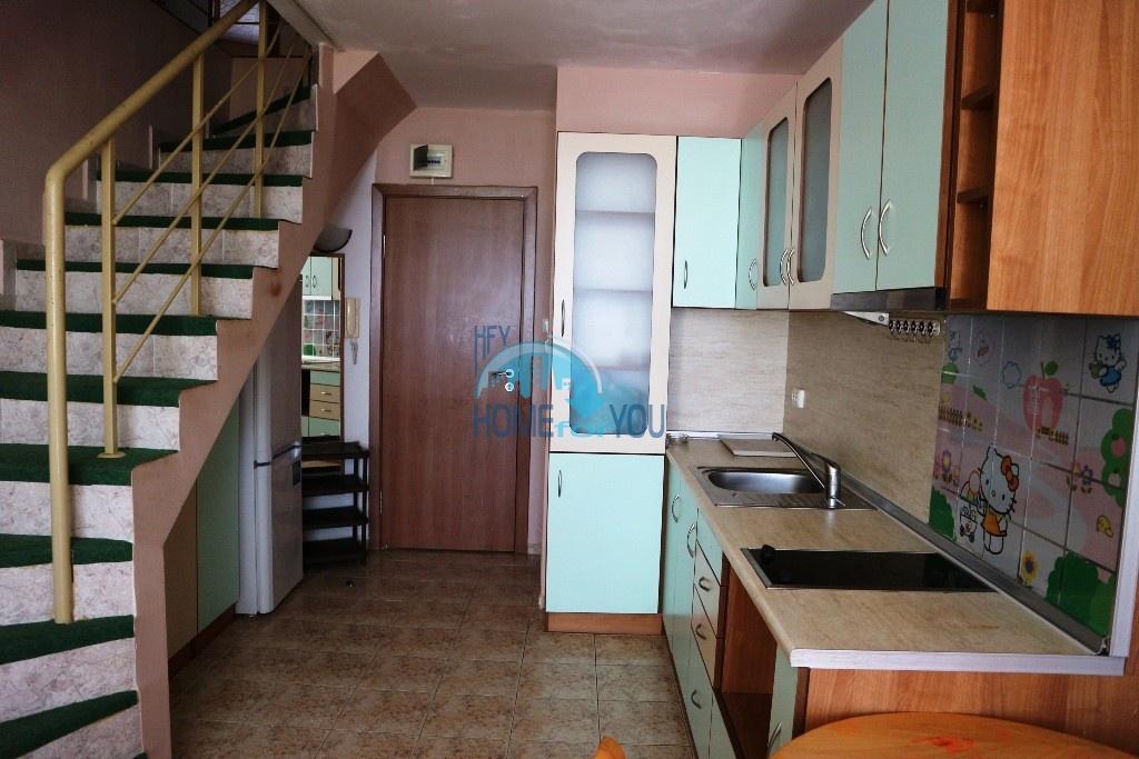Трехкомнатная квартира, с видом на море в Равде