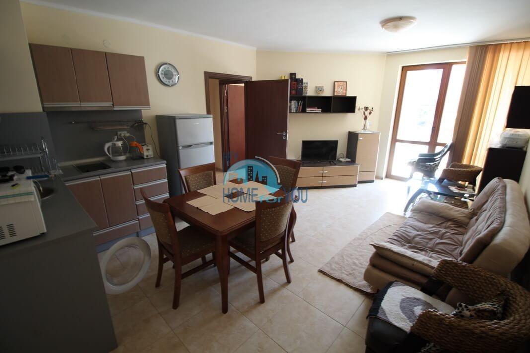 Уютная трехкомнатная квартира в комплексе Аполлон 5, Равда