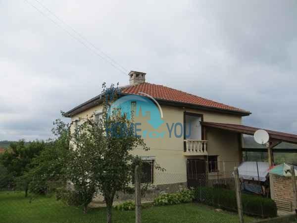 Большой дом с садом и видом на горы в деревне Былгари, Царево