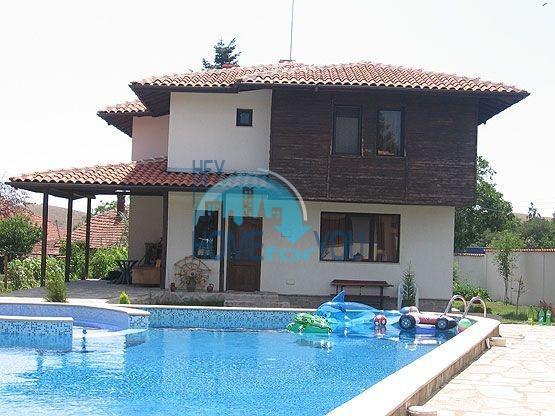 Готовый дом на продаже недалеко от море в селе Брястовец Бургаская область