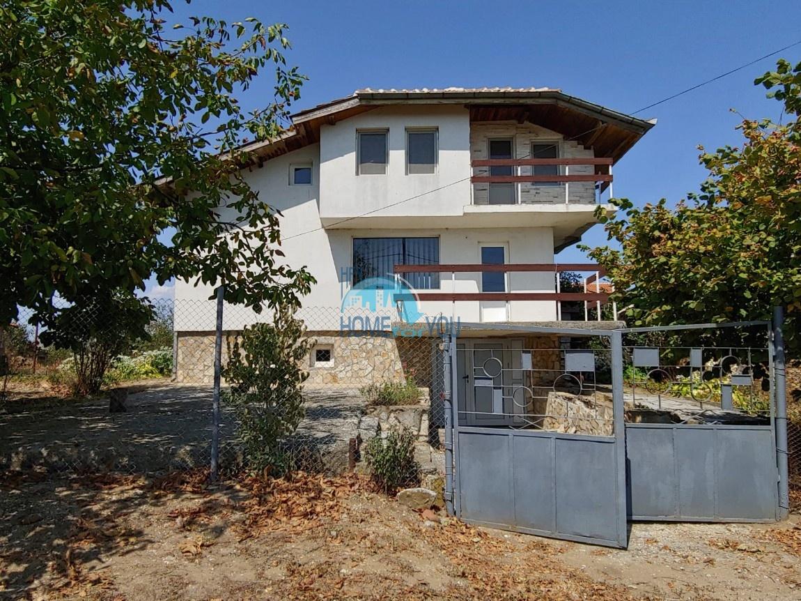 Двухэтажный дом после капитального ремонта в деревне Константиново, Бургас