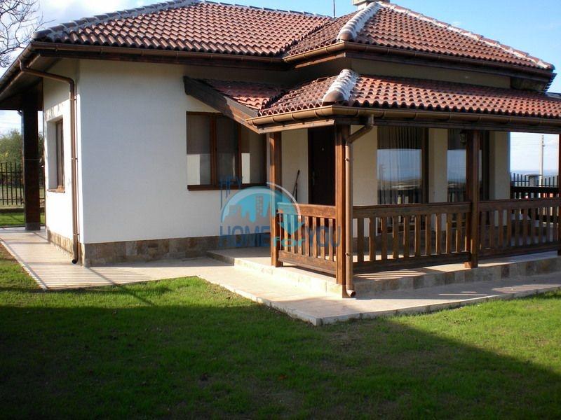 Меблированный дом в живописной деревне Горица выгодно