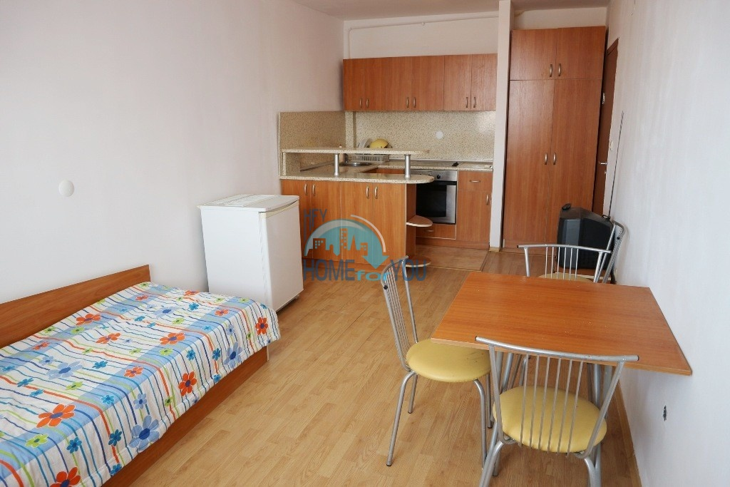 Шумен, квартира двухкомнатная 53 кв.м. Дешевый меблированный апартамент с низкой таксой поддержки
