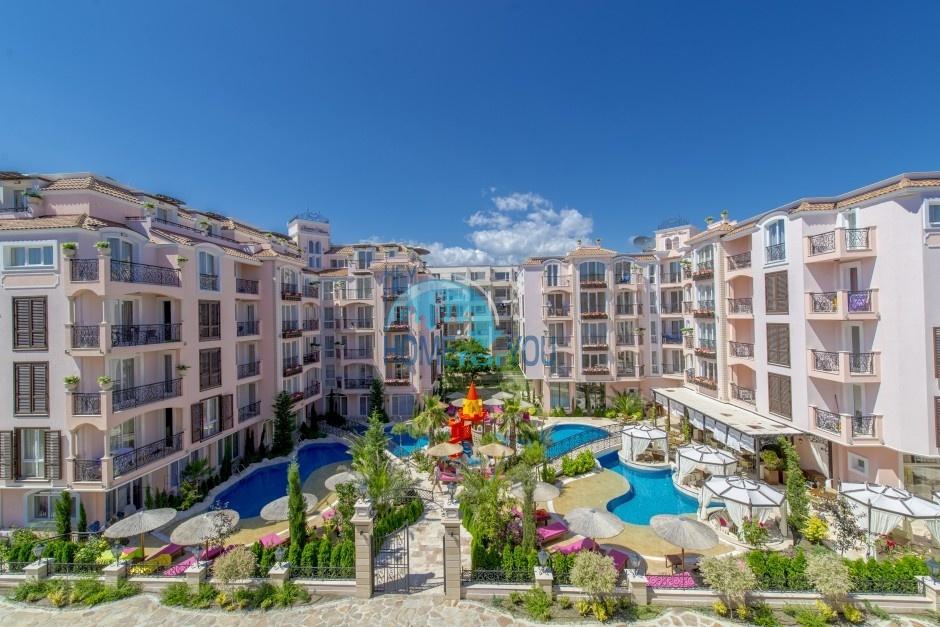 «Romance Marine» - привлекательный и уютный комплекс в популярном курорте Солнечный Берег