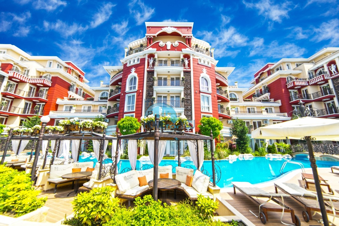 Messembria Resort - комфортные апартаменты класса Люкс в спокойном районе Солнечного Берега