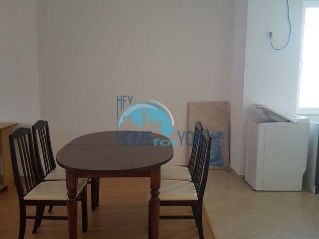 Большая двухкомнатная квартира на продажу в курорте Солнечный Берег 4