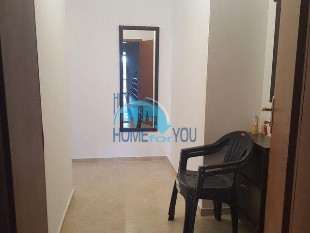 Большая двухкомнатная квартира на продажу в курорте Солнечный Берег 9