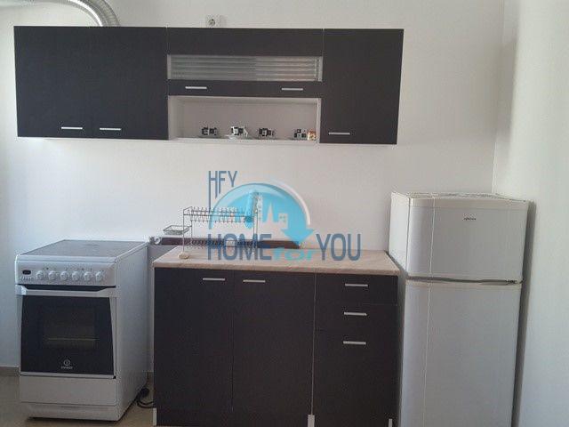 Большая двухкомнатная квартира на продажу в курорте Солнечный Берег 10