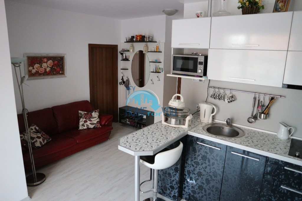 Чудесная трехкомнатная квартира в комплексе Санни Дэй 6, Солнечный берег