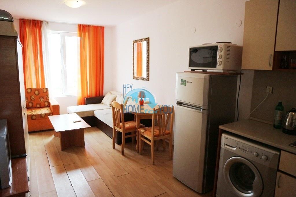 Дешевая, меблированная двухкомнатная квартира на Солнечном берегу